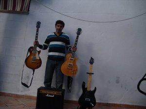 Mis tres guitarras eléctricas